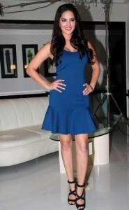 Sunny-Leone-shoots-for-MTV-Webbed-TV_11
