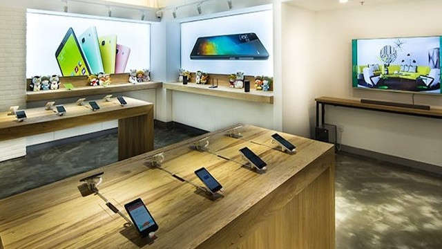 xiaomi launched india 39 s first mi home store in bengaluru plans 100 stores in 2 yrs indian tabloid. Black Bedroom Furniture Sets. Home Design Ideas