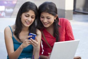 Jharkhand Government To Gift 1 Lakh Mobile Phones To Women Entrepreneurs